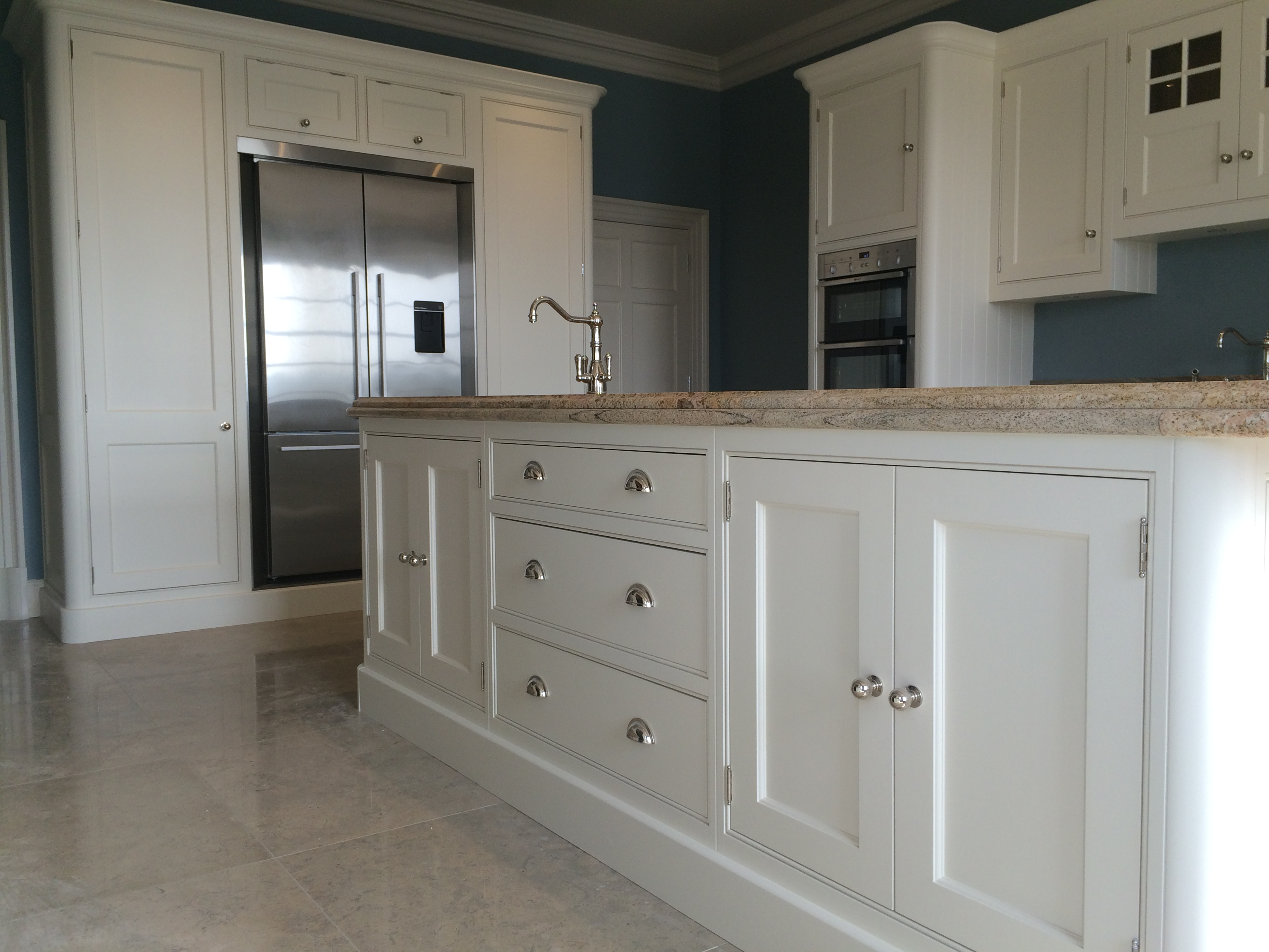 Hand painted kitchen in banstead surrey Pictures of painted cabinets
