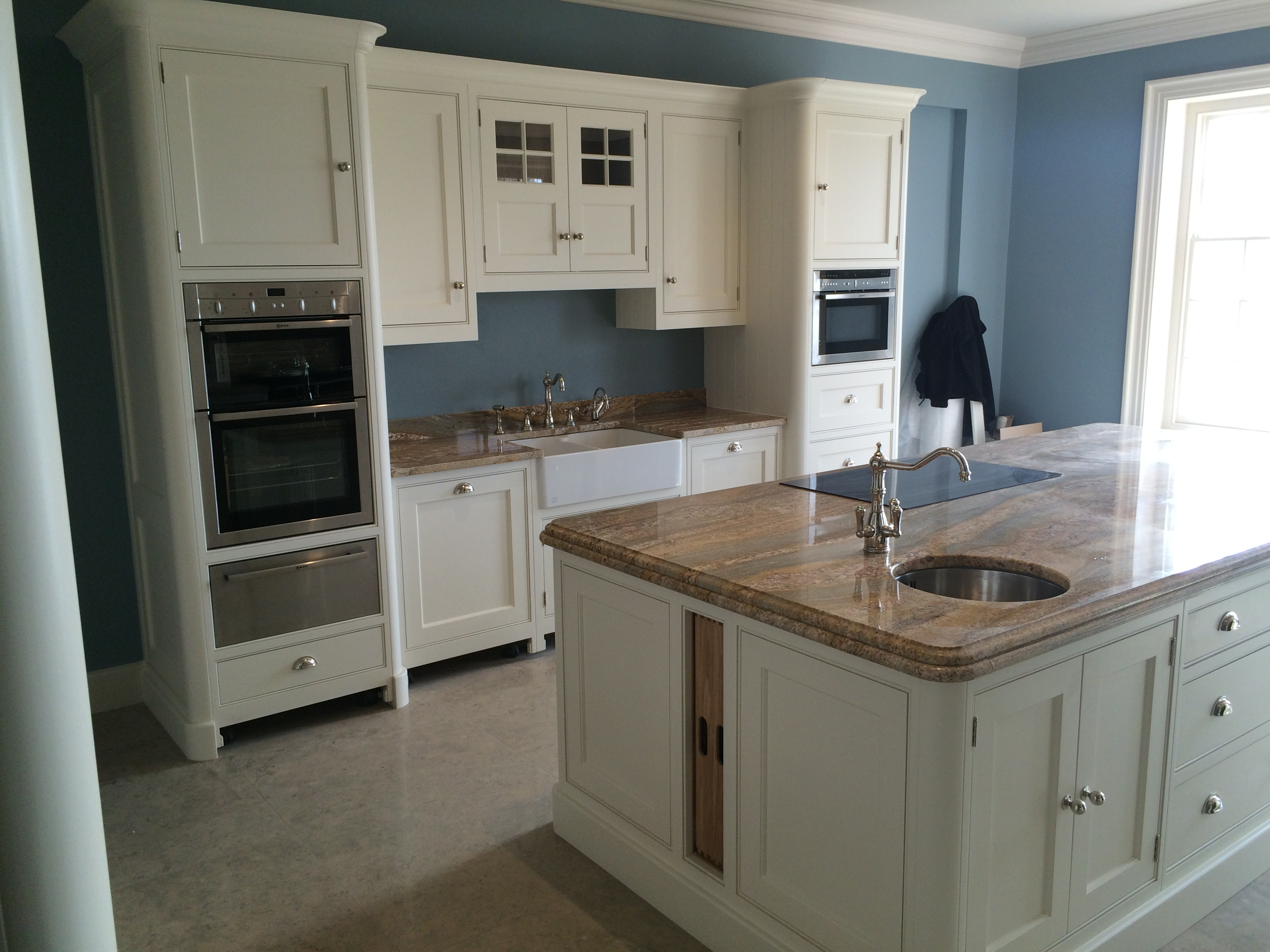 hand painted kitchen in banstead surrey chris graham interiors