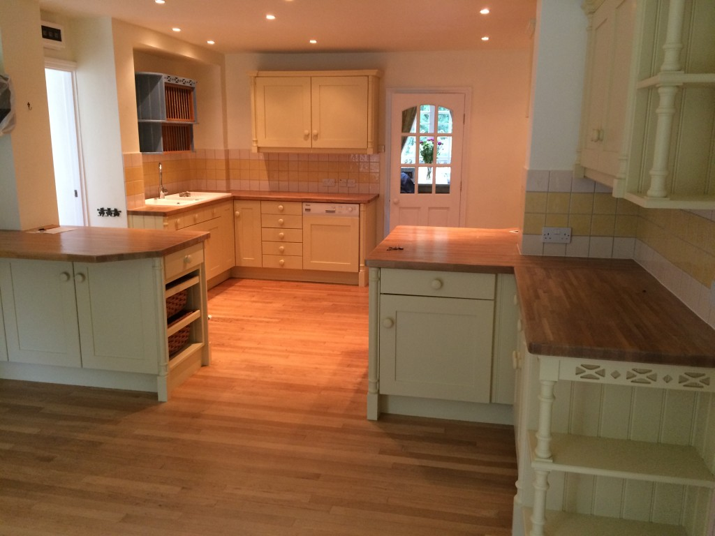 Kitchen cabinet painter Olney Sherrington Buckinghamshire