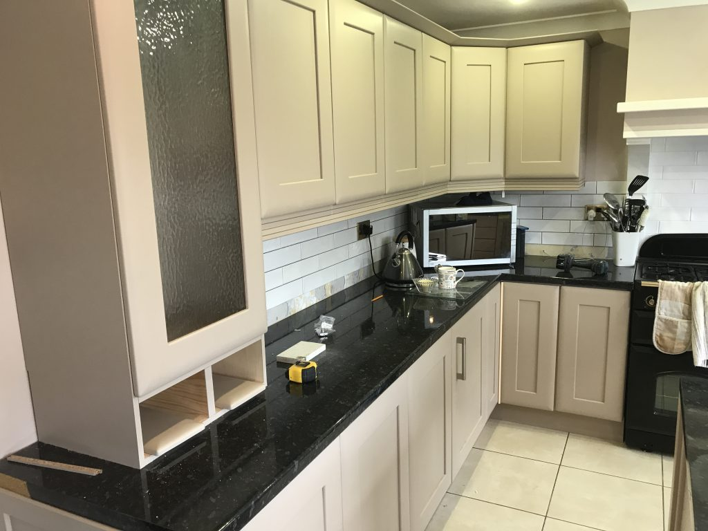 Kitchen cabinet painter Walgrave Northamtonshire Northants