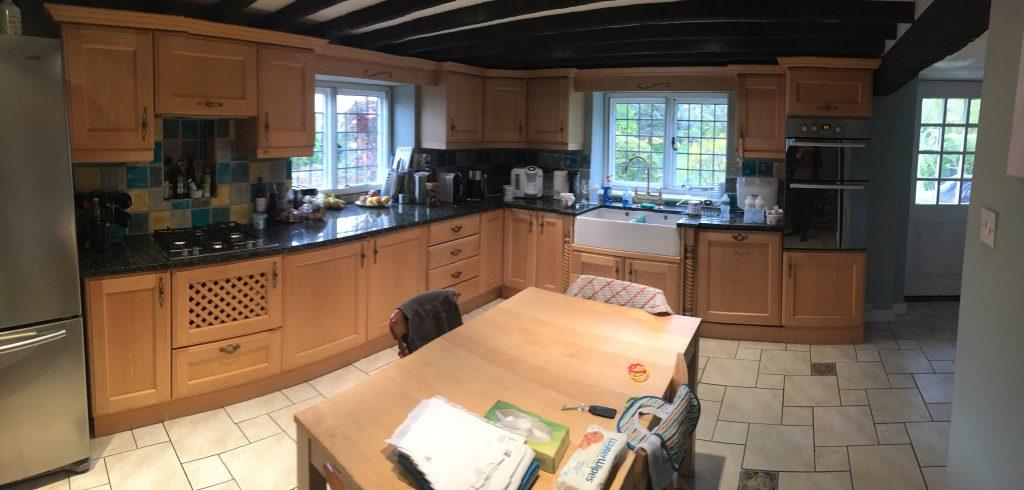 Kitchen cabinet painter Hitchin Hertfordshire