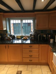 Kitchen cabinet painter Hitchin Hertfordshire