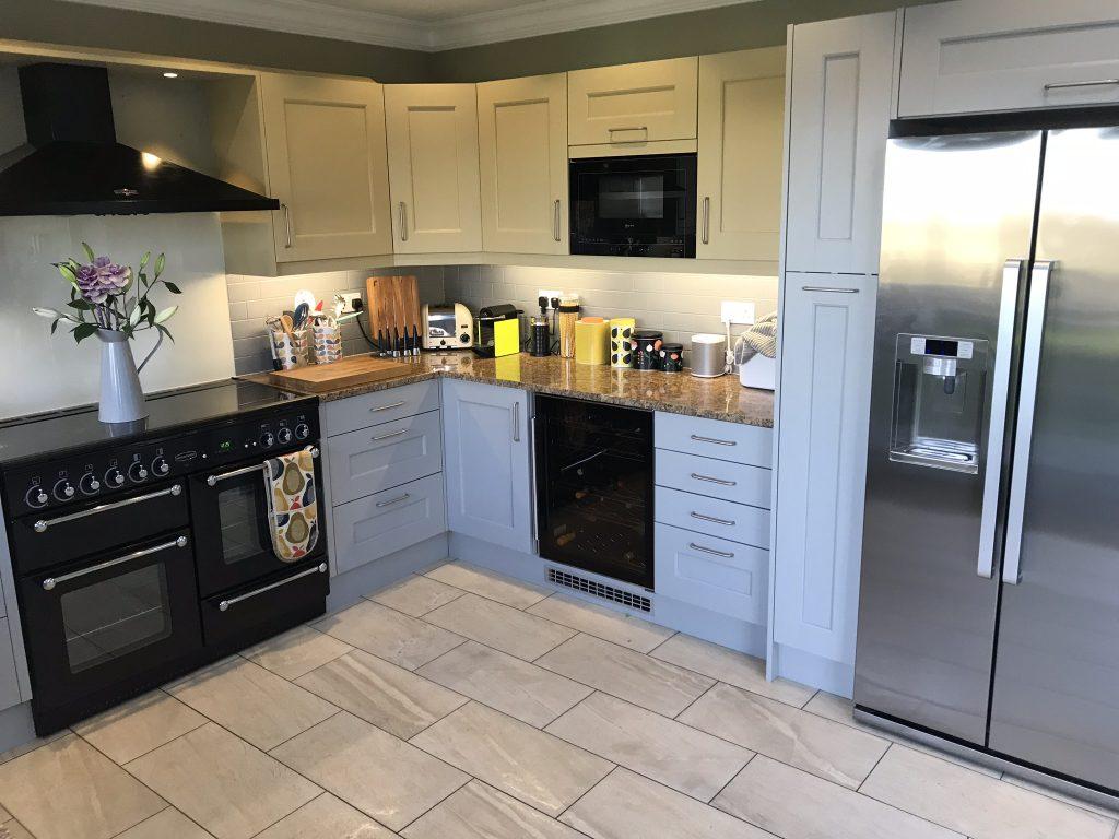 Kitchen cabinet painter Berkhamsted Hertfordshire