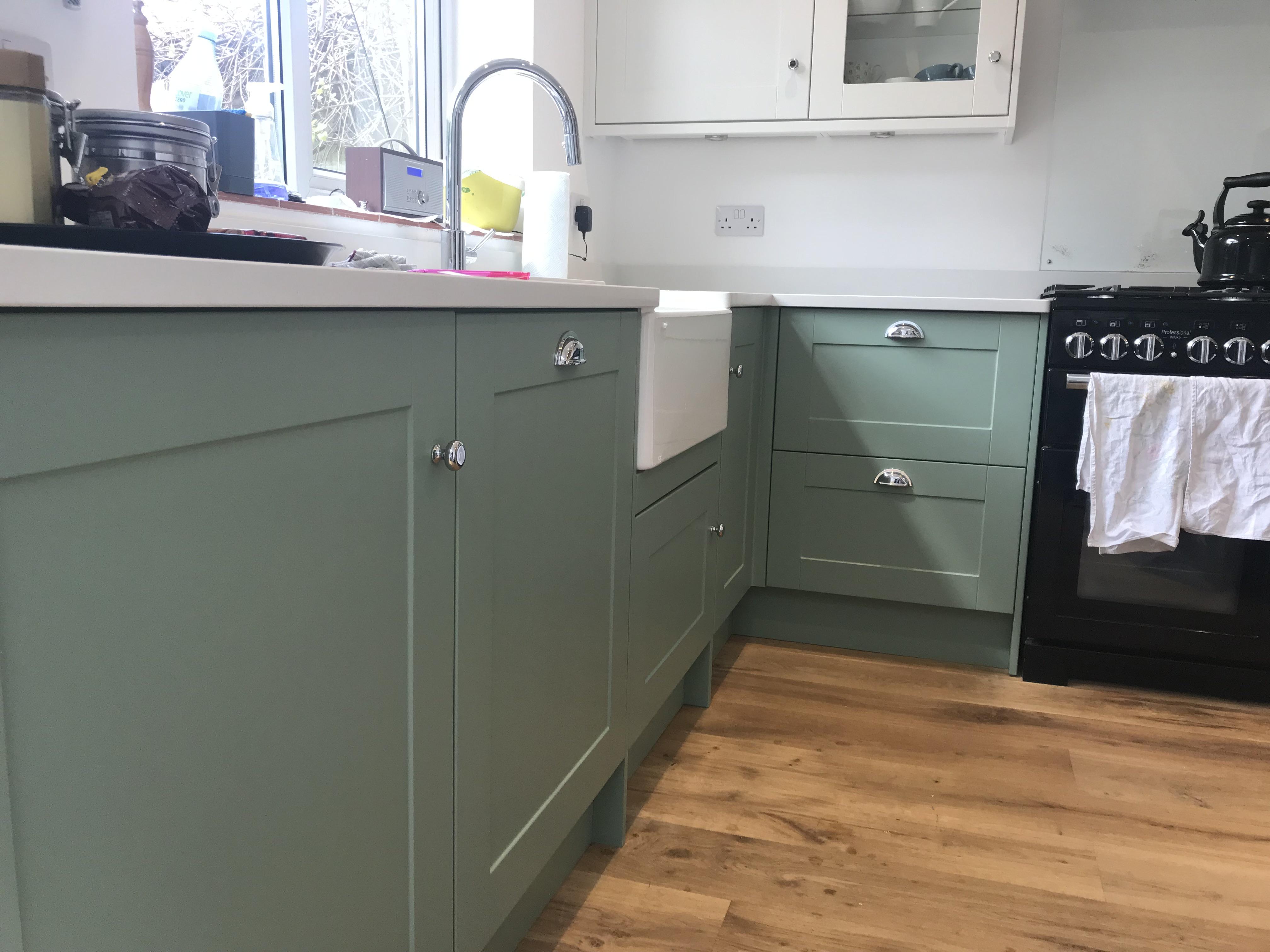 Howdens paintable kitchens Berkhamsted Hertfordshire