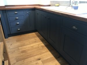 Kitchen cabinet painter Woburn Bedfordshire