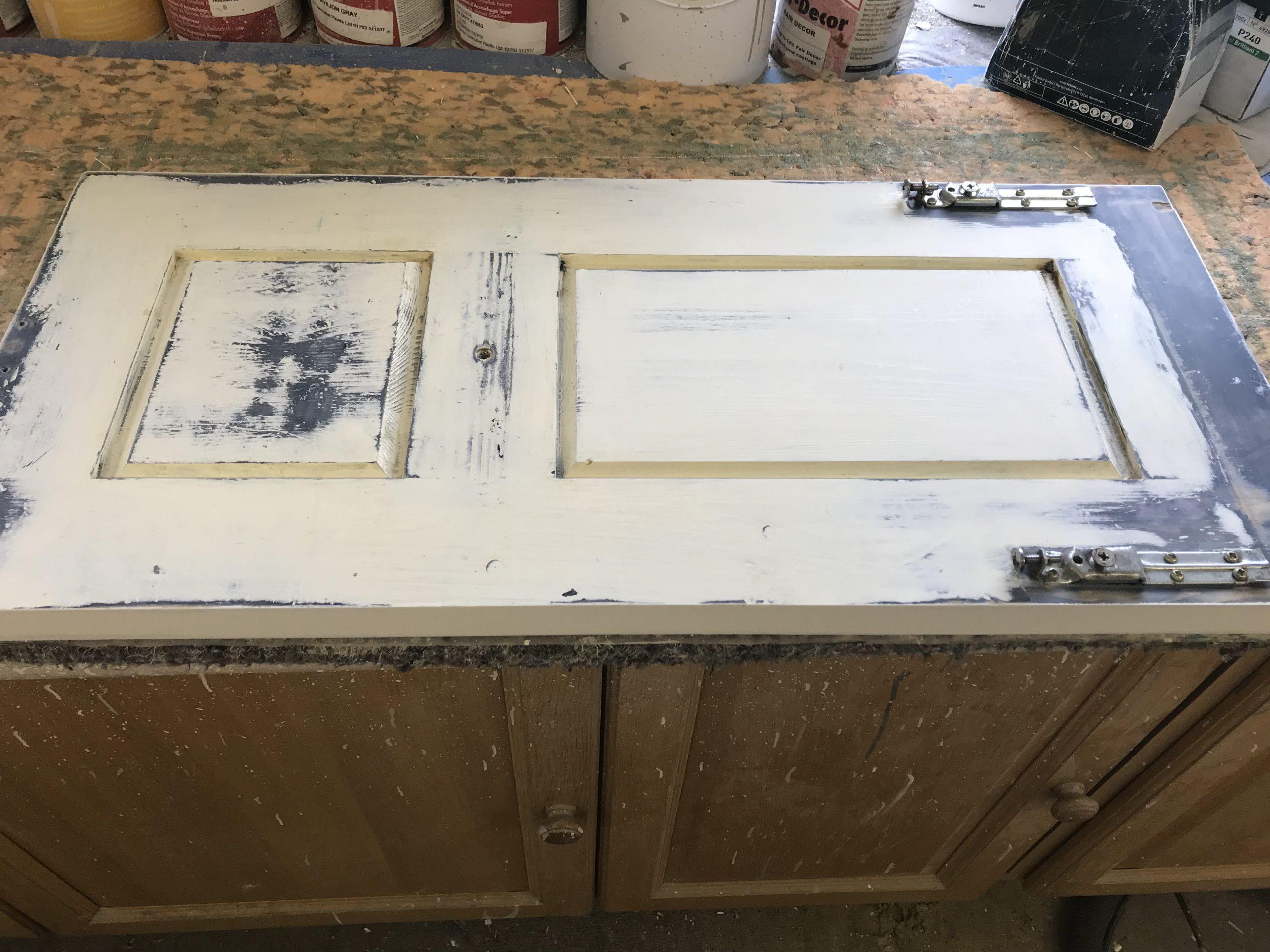 kitchen cabinet painter chiswick